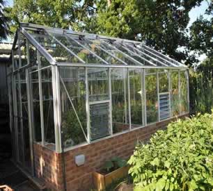 Robinsons Redoubtable Dwarf Wall greenhouses